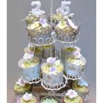 025 25th Anniversary Cupcakes