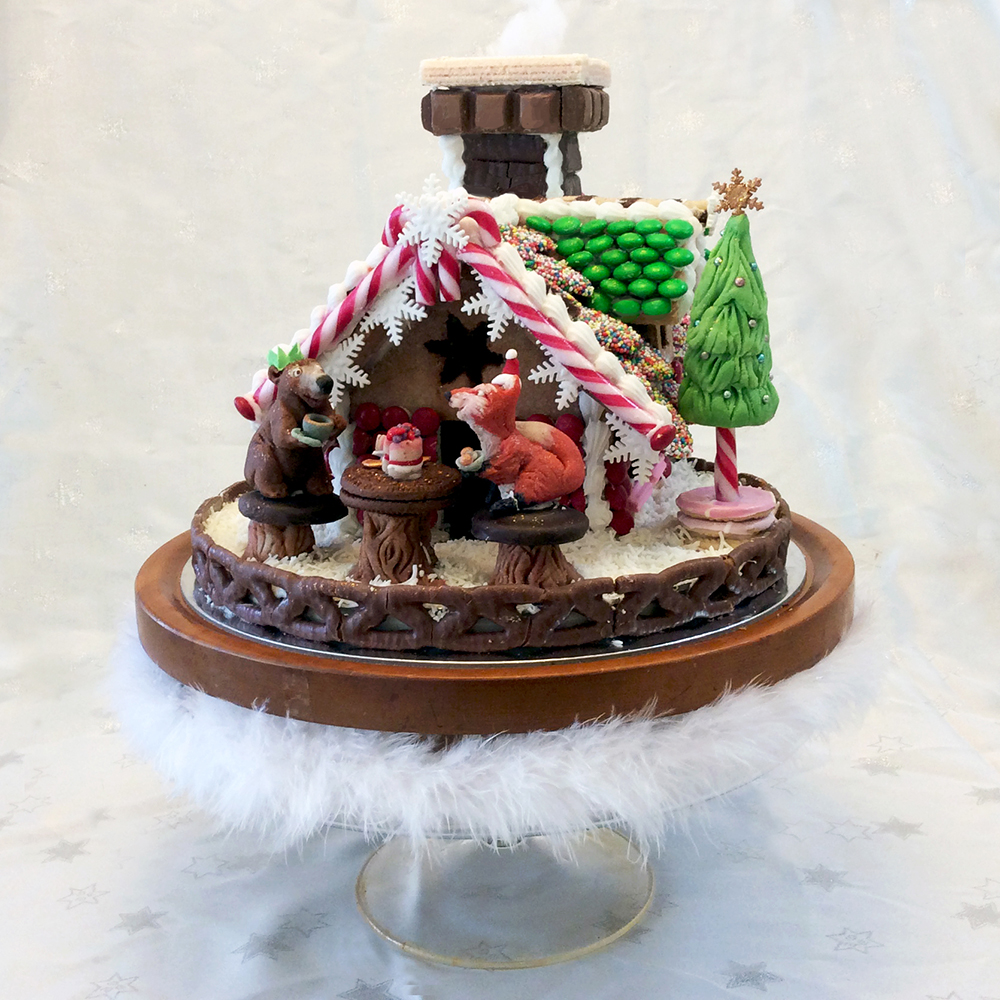 Gingerbread house with Marzipan animals